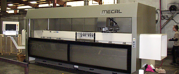 Mecal MC 305 Kosmos cnc machine in Philadelphia, PA.
